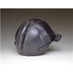 LUFTWAFFE LEATHER FLAK HELMET SSK-90.