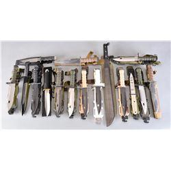 12 BAYONETS, 3 KNIVES, 1 MACHETTE.