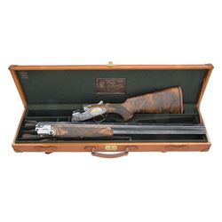 SUPERB MASTER ENGRAVED AND GOLD INLAID BERETTA