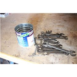 Coffee Tin with Open End Wrenches (12)