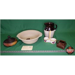 Tray Lot: Pamper Chef Stoneware Baking Bowl, Crockery Pitcher, Jam Caddy, Cadbury Holder, Royal Haeg