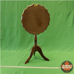 "Scalloped Edge Tilt Top Table (17""Dia) (26""H)"