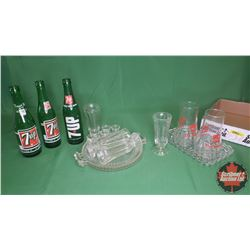 Tray Lot: 7-UP Bottles, 7-Up The Uncola Inverted Drinking Glasses & Other Clear Glassware Items