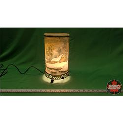 Vintage Motion Lamp : Snow Scene Cabin