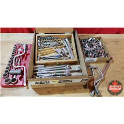 """Tray Lot : Variety of 1/2"""" - 3/8"""" - 1/4"""" Drive (Sockets, Ratchets, Swing Arms & Extensions)"""