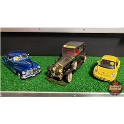 Die Cast Car Combo (3): 1/24 Chev Car 1948 & 1/25 VW Beetle & Lincoln Radio/Toy Missing RR Hub Cup
