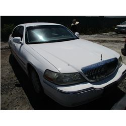 LINCOLN TOWN CAR 2003 T-DONATION