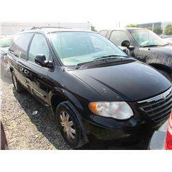 CHRYSLER TOWN AND COUNTRY 2006 T-DONATION