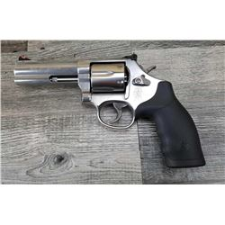 SMITH  WESSON MODEL 686-6