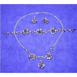 Vintage Rose Necklace/Bracelet & Earrings #863035