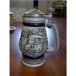 1979 OLD CARS AVON COLLECTIBLE STEIN #863073