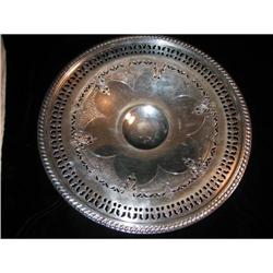 VERY FINE PERICED CAKE STAND EPC CHASED MINT!! #863939