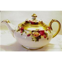 Royal Chelsea Tea Pot Golden Rose  #896607
