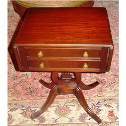 Duncan Phyfe drop leaf table #896649
