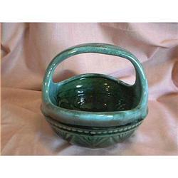 Hull Pottery Basket #897074
