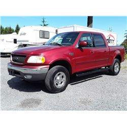 J4 --  2002 FORD F150 SUPERCREW 4X4 , Red , 314694  KM's