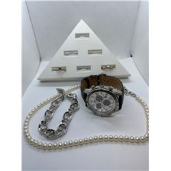 ONE STAINLESS STEEL CITIZEN ECO-DRIVE WRIST WATCH, REPLACEMENT VALUE: $450.00, ONE STRAND OF OVAL