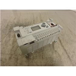 Allen Bradley 1766-L32AWA Micro Logix1400