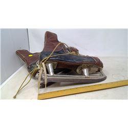 Baver Skates