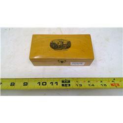 MAUCHLINWARE STAMP BOX - SCOTLAND 1890-1900