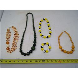 LOT OF 1970'S NECKLACES