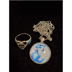 TURQUOISE CHIP WOLF RING (SIZE 9) AND NECKLACE