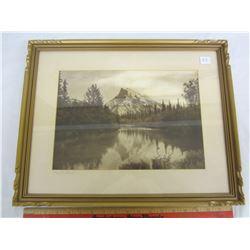 Vintage Mount Rundle Picture