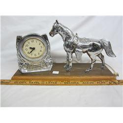 Horse clock working