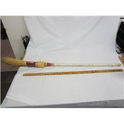 Midwestern's a GO GO curling broom