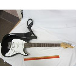 Peavy Electric Guitar - Plays Well