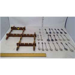 Spoon Rack with Spoon Collection (24 Spoons)