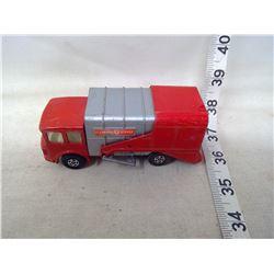 Matchbox Garbage Truck