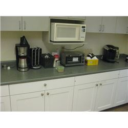 MISC SMALL KITCHEN APPLIANCES AND MICROWAVE