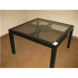 GLASS / METAL KITCHEN STYLE TABLE