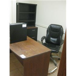 DESK / OFFICE CHAIR / BOOKCASE