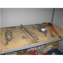 SHELF WITH 2 GRINDERS / 2 WRENCHES / CUTTERS / BAR
