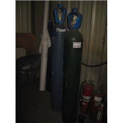 2 PC BOTTE ARGON AND COMPRESSED GAS