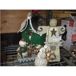 ASSORTED WOODEN CHRISTMAS DECOR