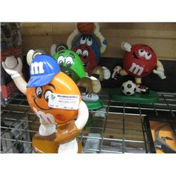 SET OF 5 ASSORTED M AND M COLLECTOR SPORTS FIGURES