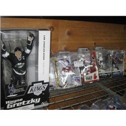 SET OF 5 WAYNE GRETZKY FIGURINES