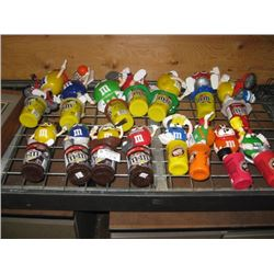 SET OF 15 M AND M´S MINI CANDY DISPENSER