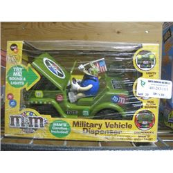 M AND M´S MILITARY VEHICLE DISPENSER