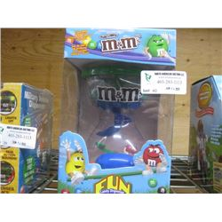 M AND M'S FUN MACHINE CANDY DISPENSER