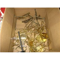 BOX OF ASSORTED PICTURE FRAME STANDS