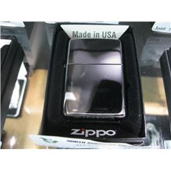 NEW ZIPPO POLISHED CHROME LIGHTER