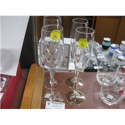 SET OF 2 ASSORTED CHAMPAGNE GLASSES