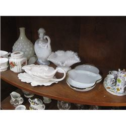 WHITE DINNERWARE SET