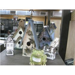 ASSORTED DECORATIVE BIRD HOUSES