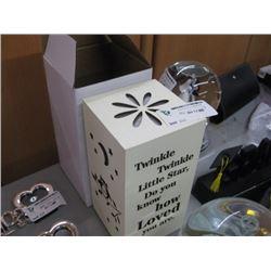 TWINKLE TWINKLE LIGHT UP BOX
