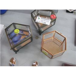 SET OF 3 ASSORTED GLASS BOXES